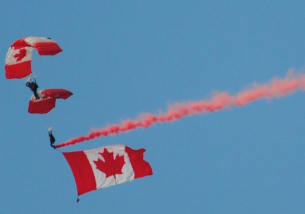 North Bay Armed Forces Day SkyHawks-2017